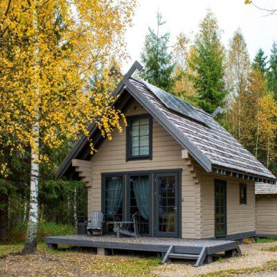 Dabas māja pie Vaidavas ezera